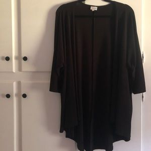 LuLaRoe Lindsay solid black size M